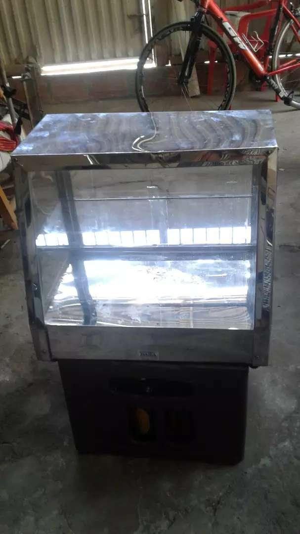 Vendo calentador  a  gas para pasteles  muy poco uso valor  $ 80000 0