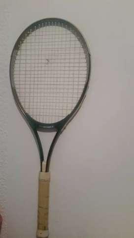 Se vende raqueta pro kennex  flex power