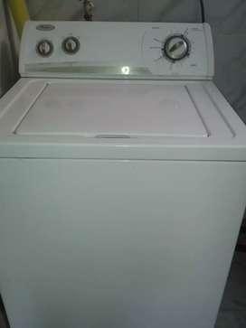 lavadora mabe 12 kilos en excelente estado