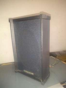 Ganga 5 parlantes para sonido ambiente marca Challenger