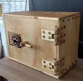 Caja Fuerte en madera