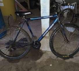 Vendo  o negoseo bicicleta marca Montero original en buen estado
