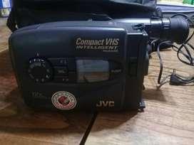 Video cámara JVC Compact VHS intelligent program AE