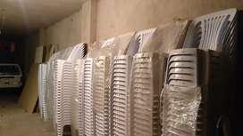 30 sillas plásticas nuevas con garantía remato