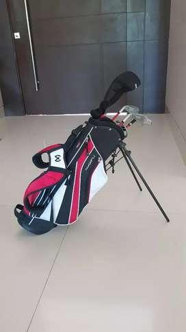 Talega y palos de golf niño