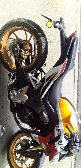 Moto Repsol Honda cbr190