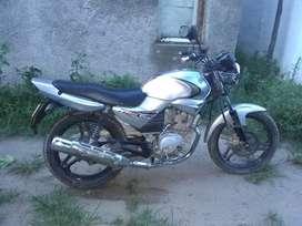 Vendo moto Yamaha ybr 125 Ed full