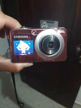 Cámara digital Samsung doble pantalla
