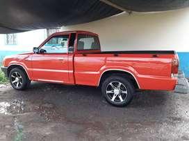 Vendo Ford19993 flamante