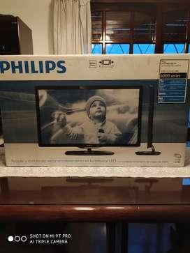 Tv LED 32 full HD 1080p 2 ms 120 Hz en caja como nuevo !!!