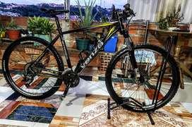Se vende bicicleta MTB Venzo Rin 27.5  9v. Talla L
