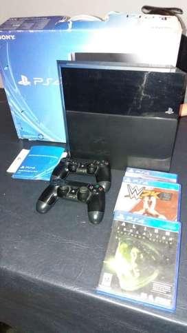 PS4 Slim 500gb, 1 joystick y 3 juegos