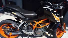 Vendo ktm duke 390 ABS