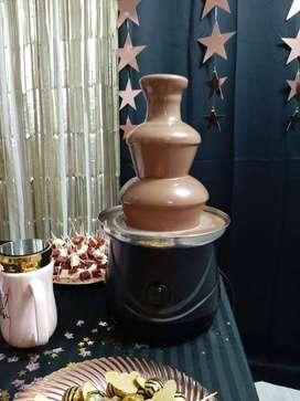 Alquiler fuente de chocolate $350000