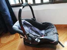 Silla bebe  Para carro marca priori