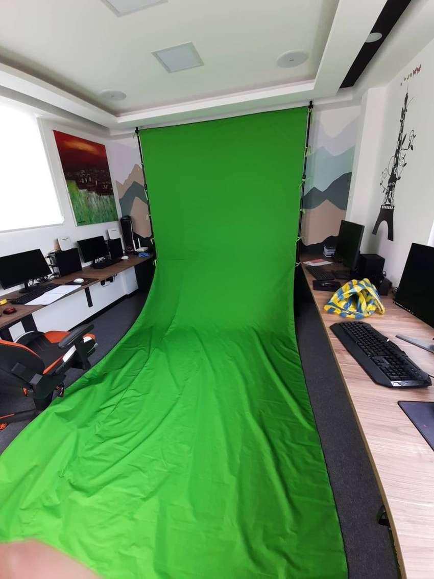 Chroma key verde transportable 2.4m x 5m largo, tela lavable 100% mate. 0