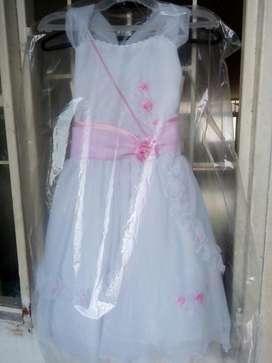 Vendo Vestido para Bautizo Niña de 5 a 7