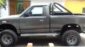 Camioneta nissan dual ( gasolina a gas)
