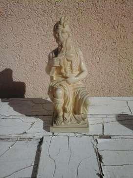 escultura de moises