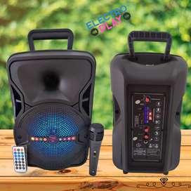 Parlante portatil potenciado 8 pulgadas +  mic y control