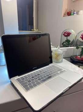 Macbook pro con disco solido 250
