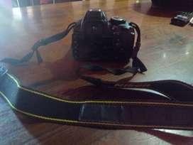 Camara profesional Nikon + lente