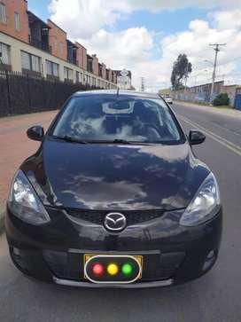 Mazda 2 Modelo 2011 Automático