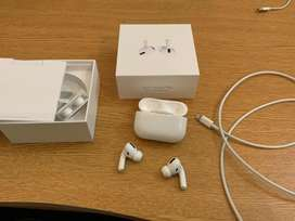 AirPods pro 9.5/10