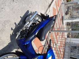 Se vende moto marca Honda modelo Wabe 110 en buen estado, todo le funciona