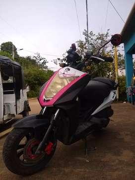 Vendo moto kymco Agilyty 125