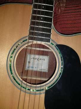 Guitarra Aria electroacustica