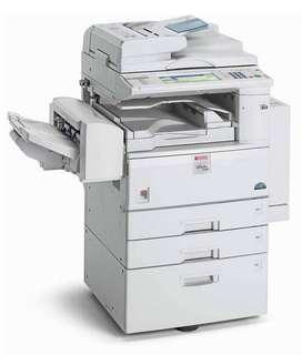 Vendo fotocopiadora RICOH MPC4500 tiene error instalación unidad fotoconductoraunidad