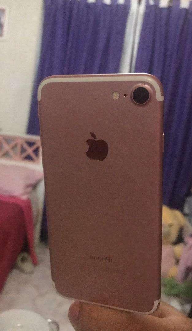 Vendo iphone 7 rose 0