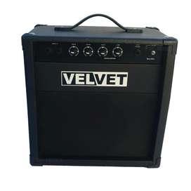 Amplificador De Bajo 30w Velvet nuevos distribuidor