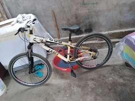 Se vende bicicleta aro 26