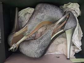 Zapatos negociables
