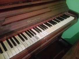 Piano vertical Ronisch