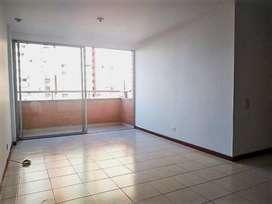 Arriendo Apartamento en el Poblado Patio Bonito. Cod PR 9419