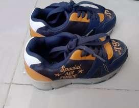 Zapatos patines de luces como nuevos