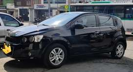 Vendo espectacular Chevrolet Sonic fully equipo
