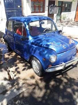 Fiat 600 R.  Titular vendo