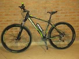Bicicleta RALEIGH MOJAVE 5.5 ROD. 29 COMO NUEVA SIN USO