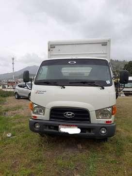 Camion Hyundai Hd 72 en perfecto estado listo para trabajar