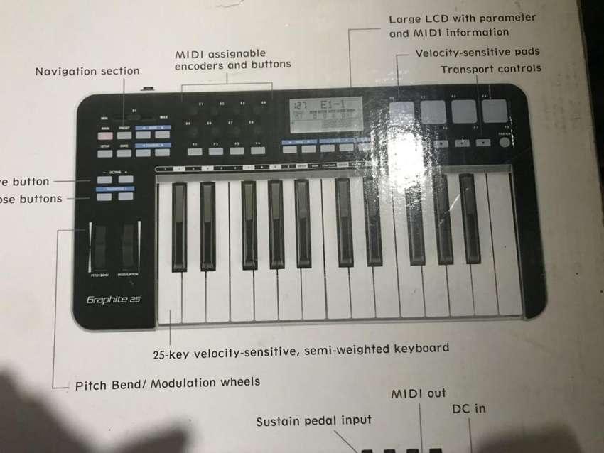 Controlador Midi Samson Kgr Graphite 25 Teclas Usb 0