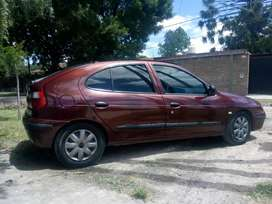 Vendo Renault megane 2008 titular