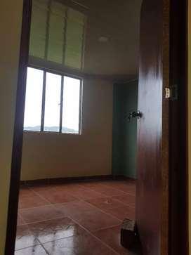 Se arrienda apartamento para estrenar en Catambuco, a una cuadra del parque central.