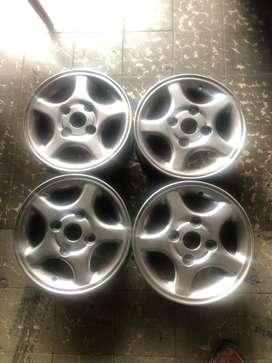 """Rines 13"""" de Mazda"""