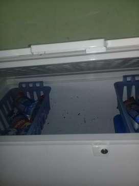 Se vende congelador y refigerador