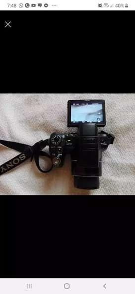 Se vende cámara Sony semiprofesional barata