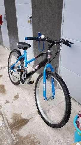 Bicicleta para niña grande